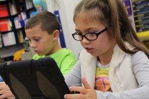 Kids Seem to Love Reading On A Device
